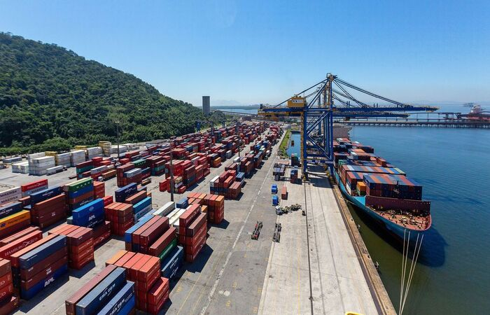 Com mudança, Brasíl reduz reserva de mercado e amplia competitividade  (Diego Baravelli/Mlnfra)
