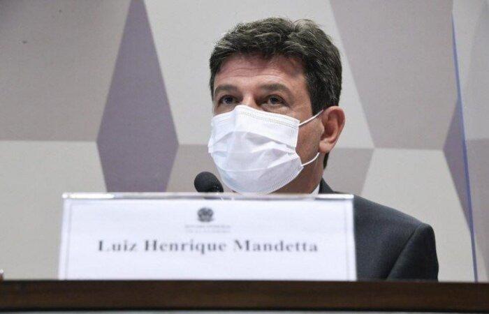 Parlamentar Ciro Nogueira (PP/PI) questionou o ex-ministro sobre a recomendação de ficar em casa e não ir ao hospital nos primeiros sintomas da Covid-19. Recomendação mudou na gestão Pazuello  (crédito: Edilson Rodrigues/ Agência Senado )