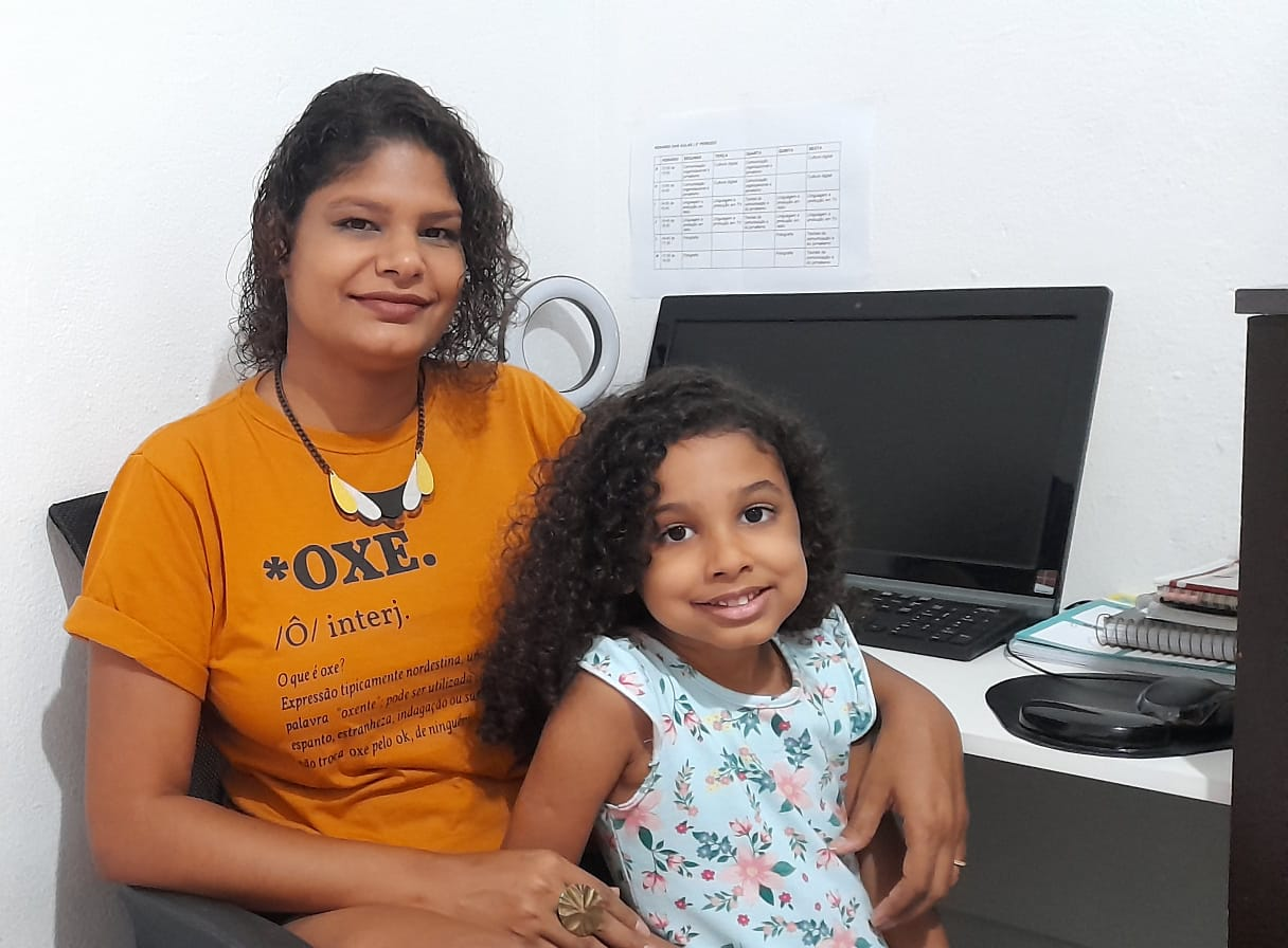 Suellen Barbosa, 35 anos, negra e estudante de jornalismo. (Foto: Acervo Pessoal)