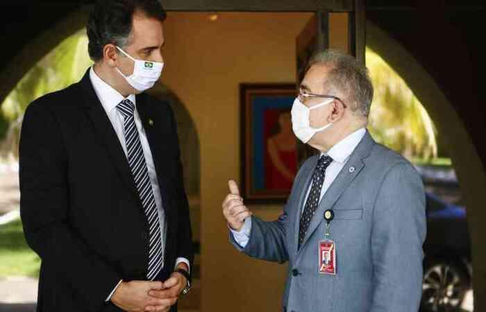 Presidente do Senado Federal e chefe do Ministério da Saúde se reuniram nesta terça (25); aval à vacina Covaxin é esperança para agilizar imunização  (foto: Pedro Gontijo/Senado Federal )