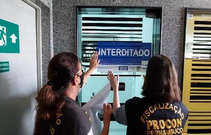 (Duas empresas funcionavam em Boa Viagem e outra em Santo Antônio. Foto: Procon-PE/Divulgação)
