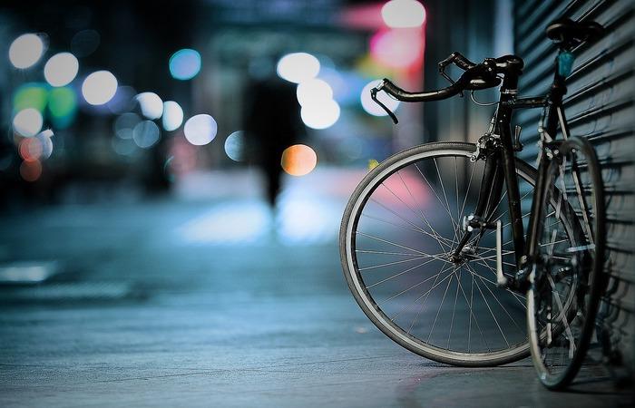 Banco oferece financiamento de bikes e peças, sem limite máximo de valor, seguro de vida e acidente para ciclistas e pontos de apoio em rotas de treinamento (Reprodução/Pixabay)