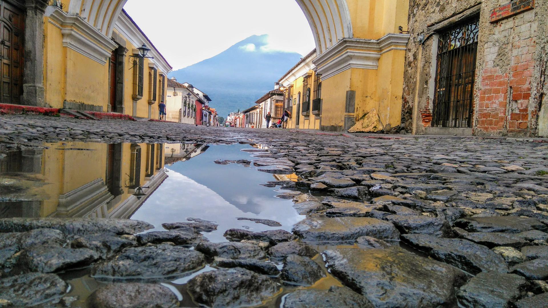 (A região leste da Guatemala é uma das mais atingidas pelas inundações durante a temporada de chuvas, que geralmente começa em maio e vai até novembro. Foto: Reprodução/Pixabay)