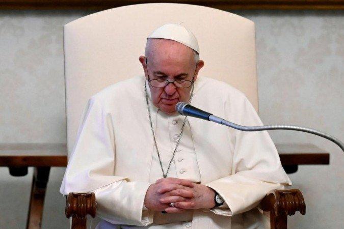 (O papa recorre a essas medidas quando considera que uma diocese não consegue mais resolver um problema de maneira interna. Foto: HANDOUT / VATICAN MEDIA / AFP)