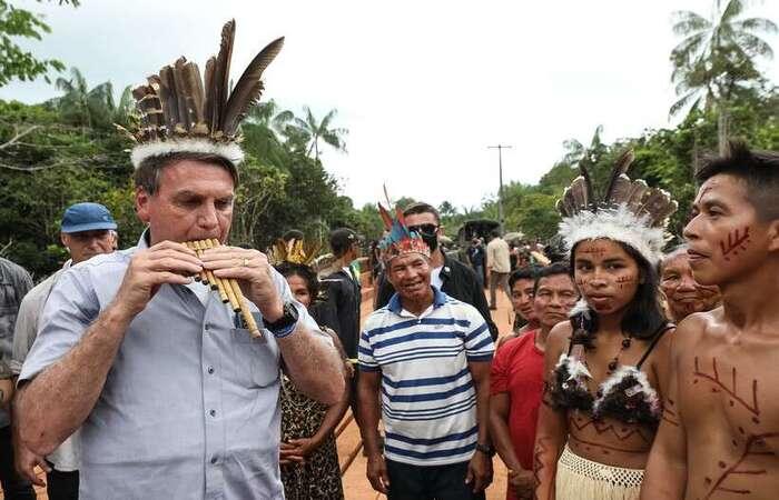 Bolsonaro visitou território Yanomami apesar de críticas dos indígenas às ações do governo federal que vêm ajudando a liberar áreas protegidas  (foto: Marcos Corrêa/PR )