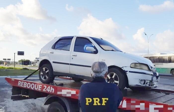 Motorista era procurado a partir de um mandado de prisão expedido em 2018 (Foto: PRF/Divulgação)