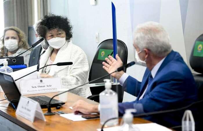 A médica, defensora da cloroquina, não soube responder a maioria das perguntas feitas pelo senador, que também é médico  (foto: Jefferson Rudy/Agência Senado )