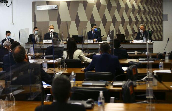 Segundo ministro, país vive segunda onda com platô elevado de casos  (Marcelo Camargo/Agência Brasil)