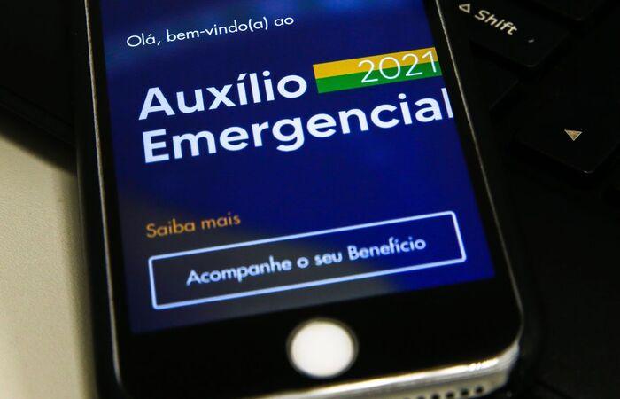 Beneficiários do Bolsa Família com NIS final 2 também recebem hoje (Marcello Casal Jr/Agência Brasil)