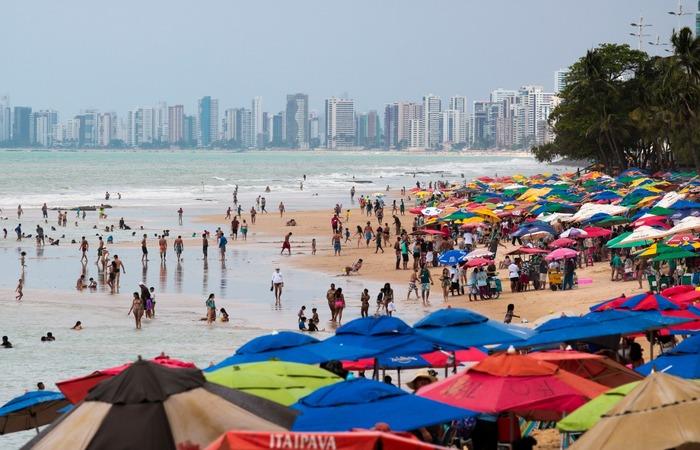 Tarciso Augusto/ Esp DP (Comércio de praia também está autorizado a funcionar nos fins de semana)