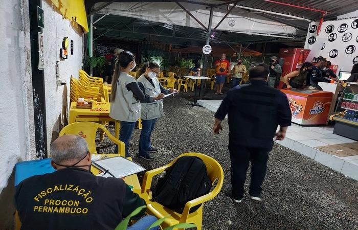 De janeiro deste ano até agora, o Procon-PE realizou mais de 1.300 fiscalizações em Pernambuco  (Divulgação/Procon-PE)