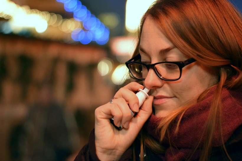 (Apesar de o nariz proteger contra infecções virais, pesquisa recente mostra que brasileiros não higienizam o nariz corretamente. Foto: Reprodução/Pixabay)