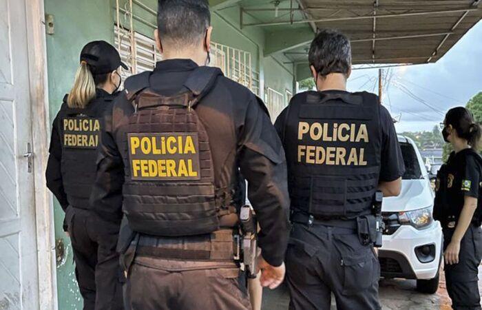 Operação fez três busca e apreensão hoje em Macapá (Divulgação/Polícia Federal)