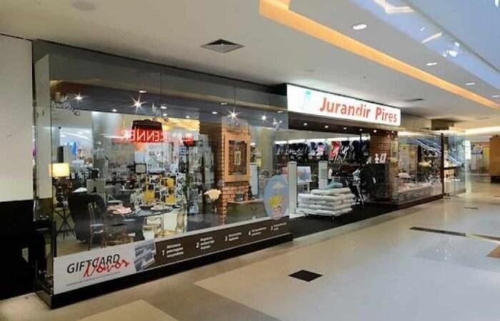 Por meio de nota, o empresário Jurandir Filho comunicou o encerramento das atividades da marca (Divulgação/Jurandir Pires)