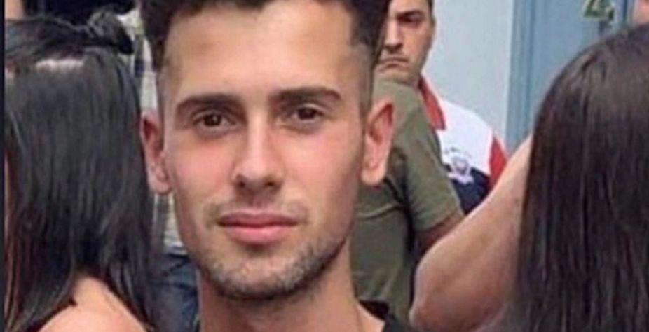 (Samuel Muñiz, jovem gay brasileiro espancado e morto na Espanha. Foto: Reprodução/Facebook)