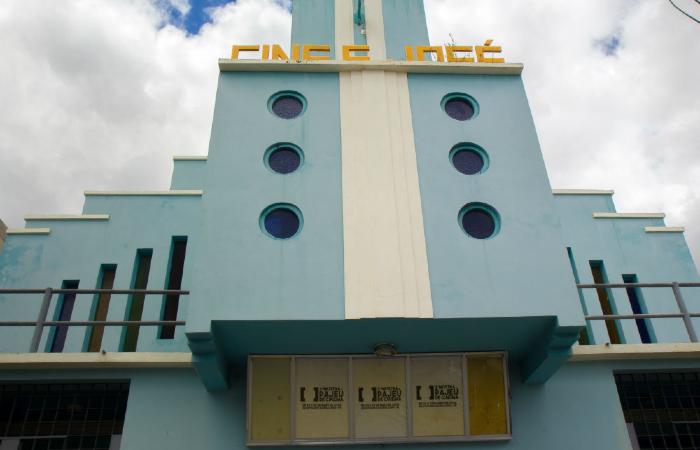 Cine São José foi inaugurado em 1942, fechado em 1994 e reinaugurado no final de 2003. (Foto: Thiago Caldas/Divulgação)