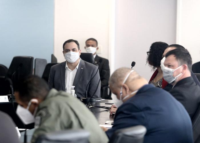 (Governador Paulo Câmara coordenou reunião de monitoramento. Foto:  Aluisio Moreira/SEI)