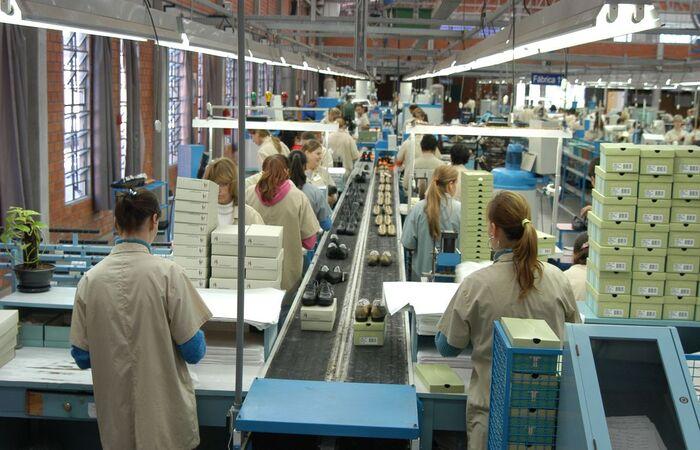 Dia das mães e avanço da vacinação ajudaram a elevar o nível da produção em maio (Miguel Ângelo / CNI)