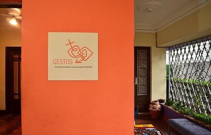 ONG Gestos %u2013 Soropositividade, Comunicação e Gênero, localizada no Recife, atua com projetos de assitência e inclusão social de pessoas vivendo com o vírus HIV (Foto: Divulgação )