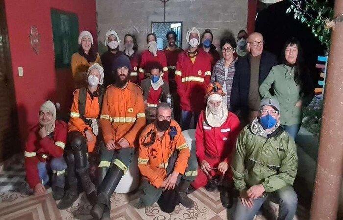Foi decisiva a atuação dos voluntários da Rede Contra Fogo no enfrentamento ao incêndio florestal. Sediado em Alto Paraíso (GO), o grupo é uma organização da sociedade civil (Foto: Arquivo pessoal)