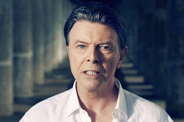 (David Bowie no clipe Valentine's day  (2015). Foto: Divulgação)