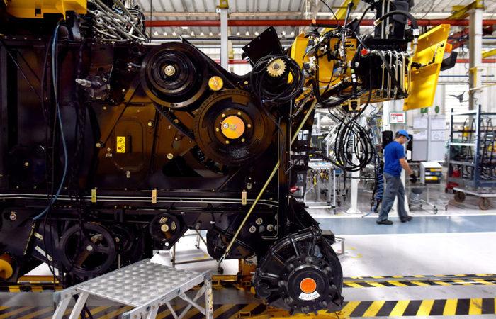 No ajuste sazonal, maior crescimento ficou com a indústria, 2,7% (Ricardo Almeida/ANPr)