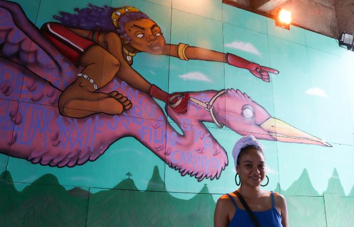 Nathália Ferreira, ou Nathê, ficou encarregada do elemento ar (afefe). (Foto: Priscilla Melo/Divulgação)