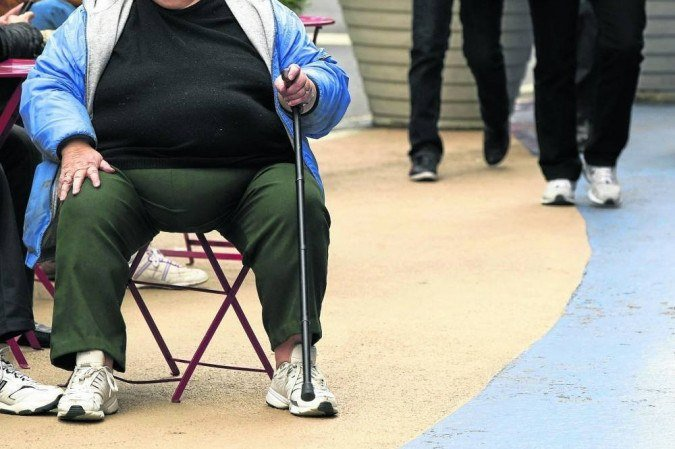 (O excesso de peso acomete 13% dos adultos e 20% das crianças: um desafio de saúde global. Foto: Lucas Jackson/AFP)