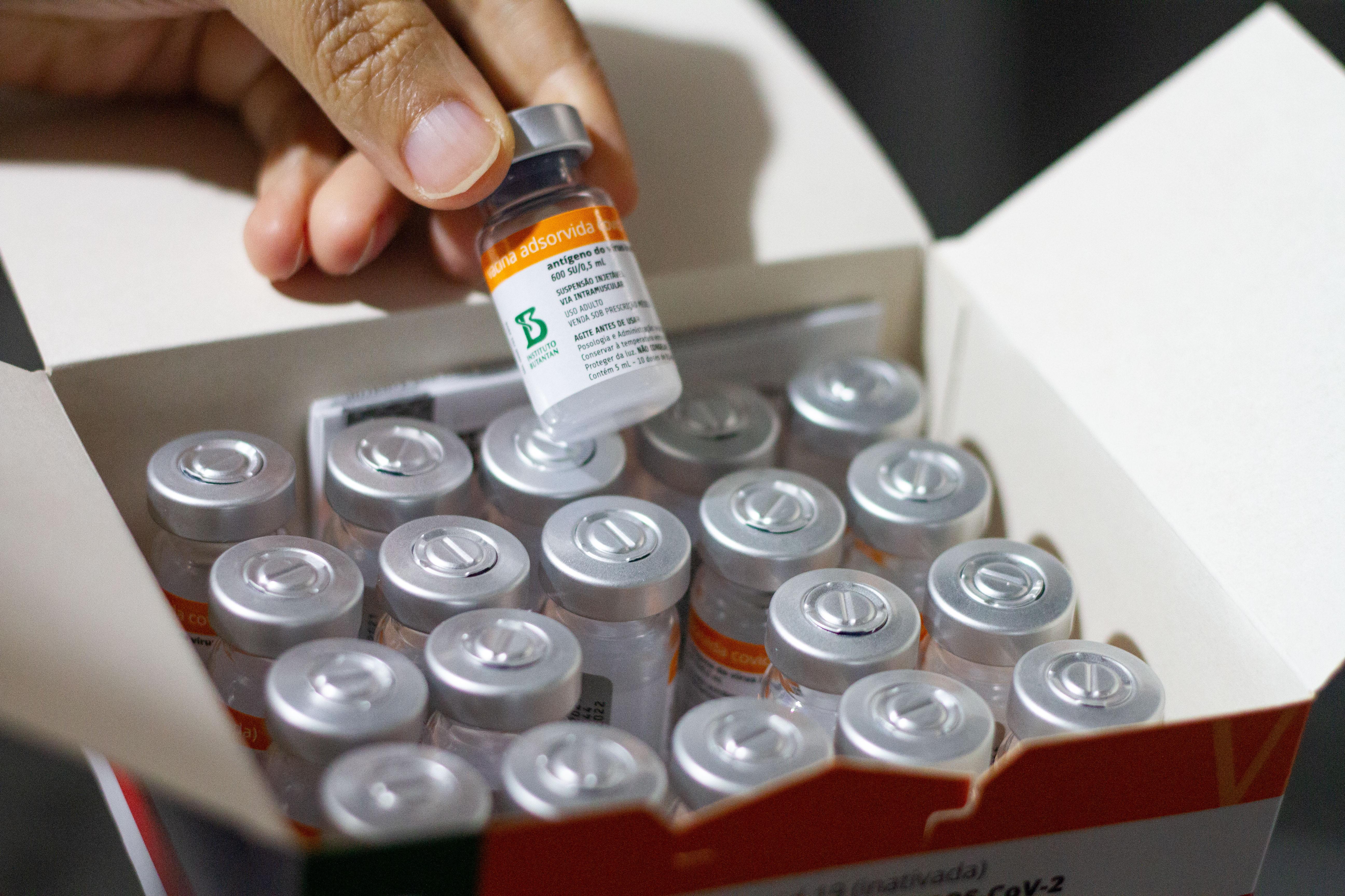 Neste domingo (1), foram entregues as 318.330 doses de vacinas contra a Covid-19.  ( Miva Filho/SES)