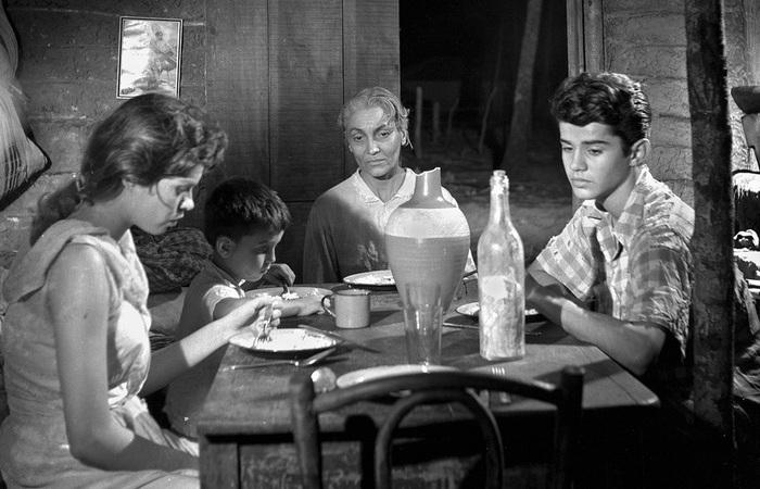 A mostra traz obras marcantes de várias épocas do cinema pernambucano, como 'O Canto do Mar' (1958) de Alberto Cavalcanti (Foto: Acervo/Cinemateca Pernambucana)