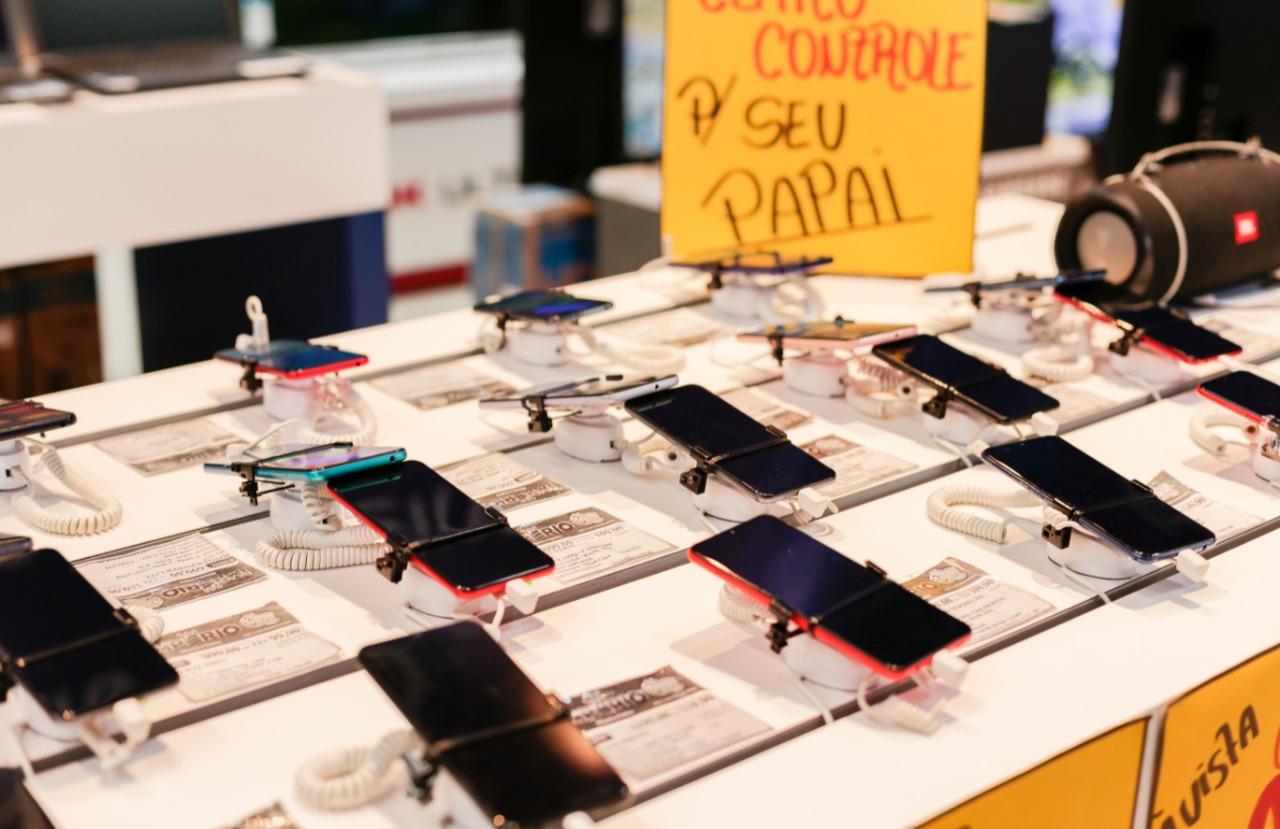 Procon lembra que antes de realizar qualquer compra, é importante o consumidor ficar atento aos valores dos produtos ofertados. (Elvis Edson/Procon Caruaru)