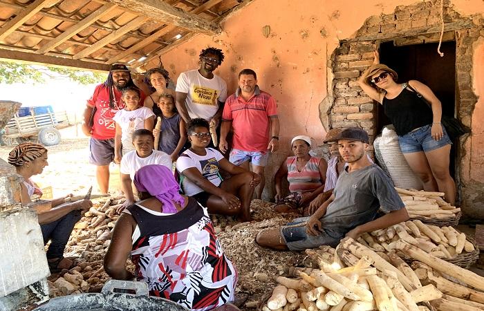 O burquinense François Moïse Bamba visitou comunidades do Sertão do Pajeú (Paula Vanina/Divulgação)