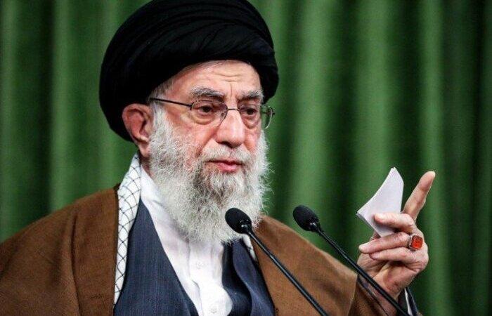 O Teerã cobra a remoção das sanções unilaterais impostas por Trump ainda em vigor (Foto: Khamenei.Ir/AFP)