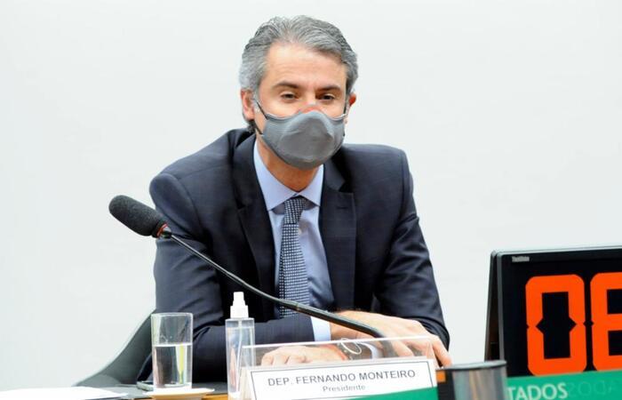 Comissão é presidida pelo deputado Fernando Monteiro (PP-PE). (Foto: Gustavo Sales/Câmara dos Deputados)