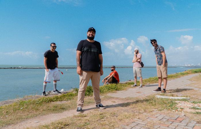 O single Fervo é o primeiro de três que serão lançados pela Fábrica Music (Foto: Divulgação)