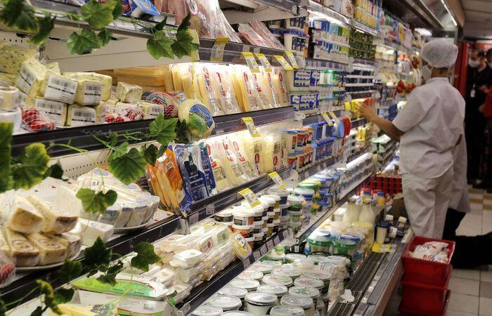 Maior alta foi registrada no segmento de alimentação e bebidas, 1,78% (Tânia Rego/Agência Brasil)