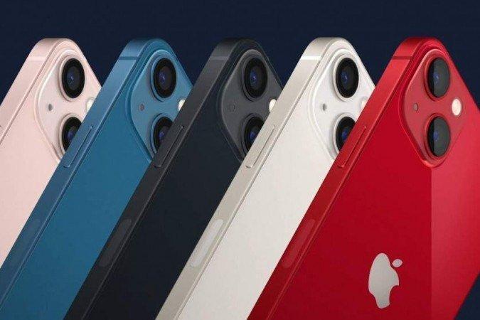 (iPhone 13 está disponível em cinco cores e tem sistema de câmera dupla com 12 MP. Foto: Apple/Reprodução)