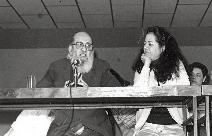 Farol da arte-educação brasileira, Ana Mae Barbosa teve sua vida e obra vastamente influenciada por Paulo Freire (Ana Mae Barbosa/Acervo Pessoal)