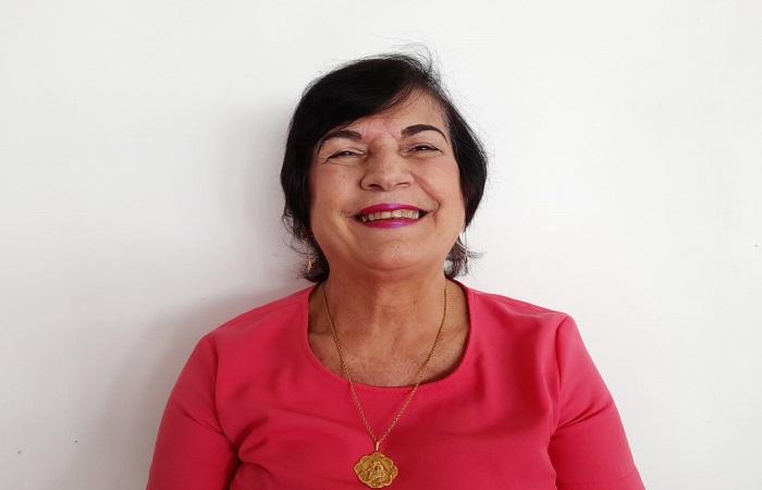 (Nas salas de aula desde os 14 anos, a educadora e pesquisadora Targélia de Souza fala sobre ausência de Paulo Freire nas escolas)