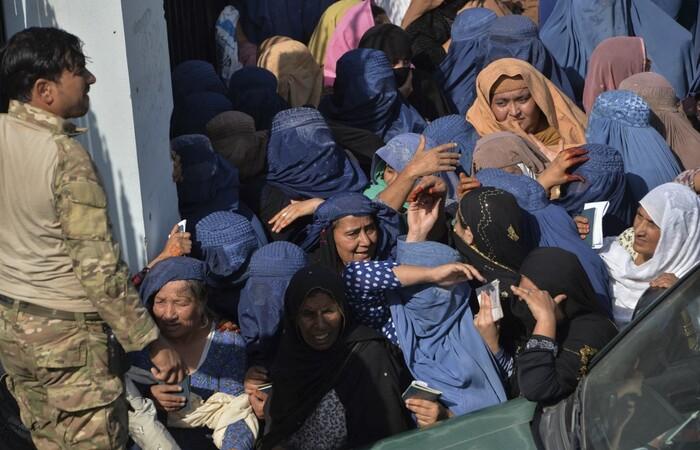(Foto: NOORULLAH SHIRZADA / AFP )