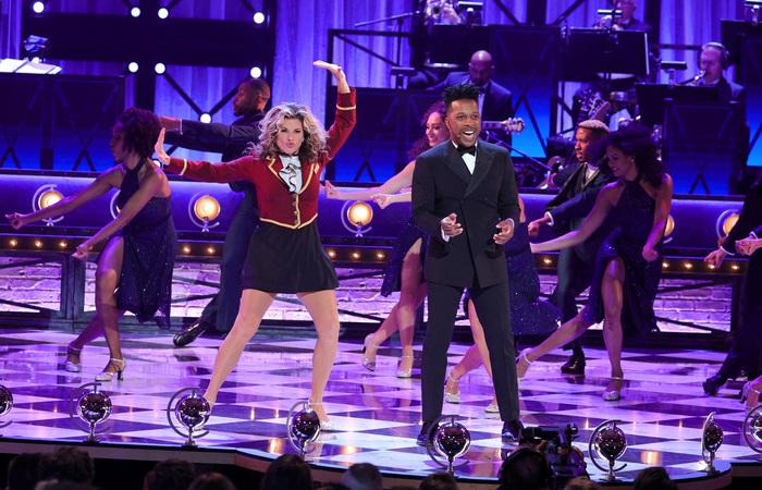 'Moulin Rouge' e 'The Inheritance' foram os grandes vencedores da noite de celebração (Foto: Theo Wargo/Via AFP)
