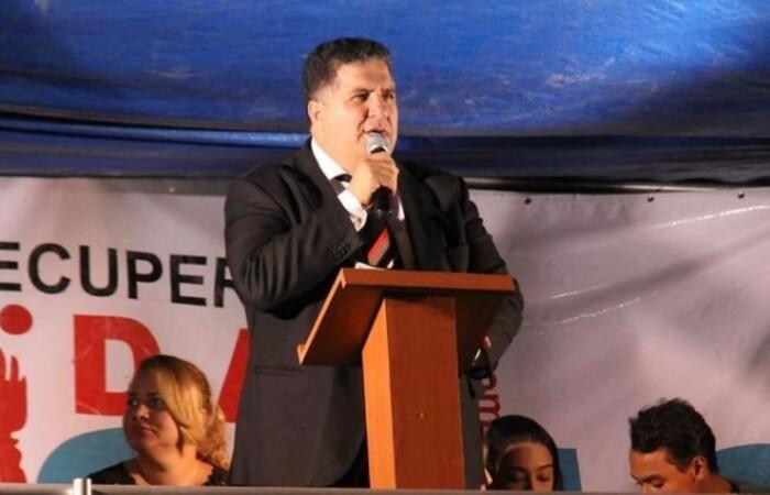 O deputado estadual Pastor Cleiton Collins (PP) foi um dos que se posicionou contra a decisão do governador.  (Foto: Instagram/Reprodução)
