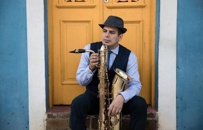 O Maestro Spok é um dos que irá se apresentar em show virtual e gratuito (Foto: Flora Negri/Divulgação)