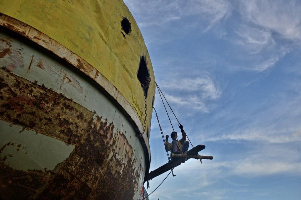 Foto ilustrativa de embarcação (Foto: Munir Uz zaman / AFP)