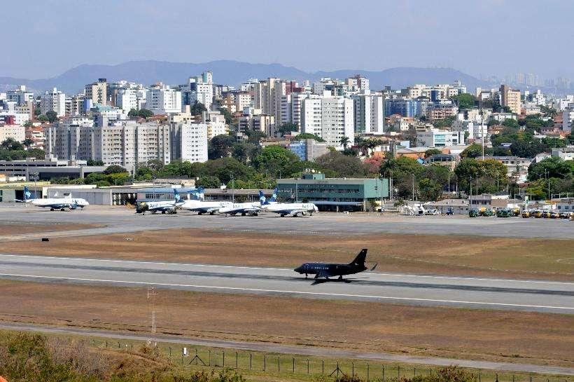(Desde 2005, os voos nacionais do aeroporto foram transferidos para Confins. Foto: Gladyston Rodrigues/EM/D.A Press)
