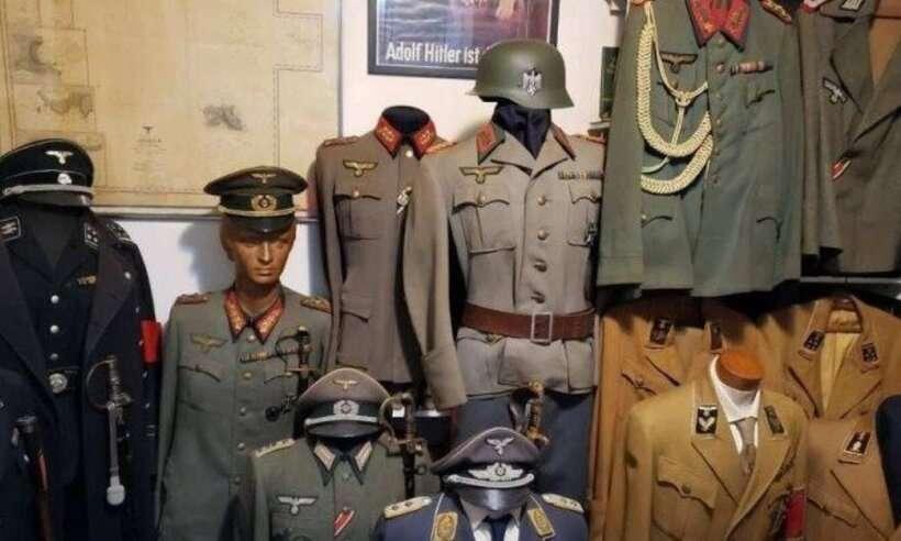 (Na casa de Aylson Proença Doyle Linhares, os agentes encontraram uma série de artigos nazistas, além de armamento e munição. Foto: Reprodução)