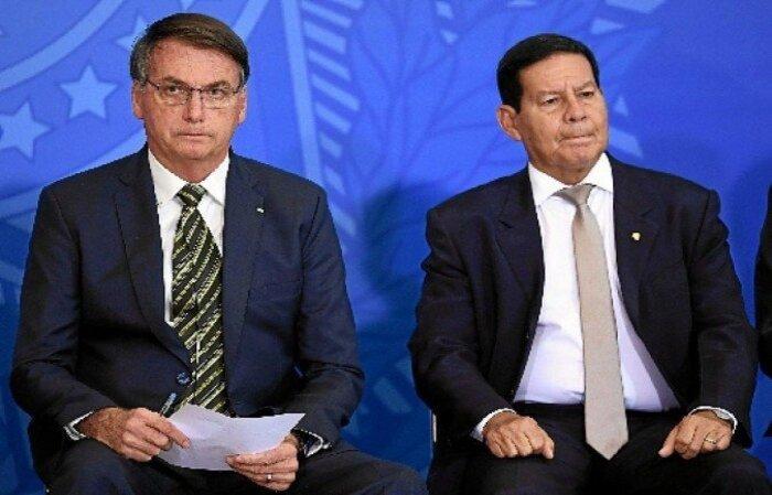 """Ao responder sobre vetar Mourão na COP 26, o chefe do Executivo disse: """"Quando ele for presidente, ele vai"""" (Evaristo Sa/AFP)"""
