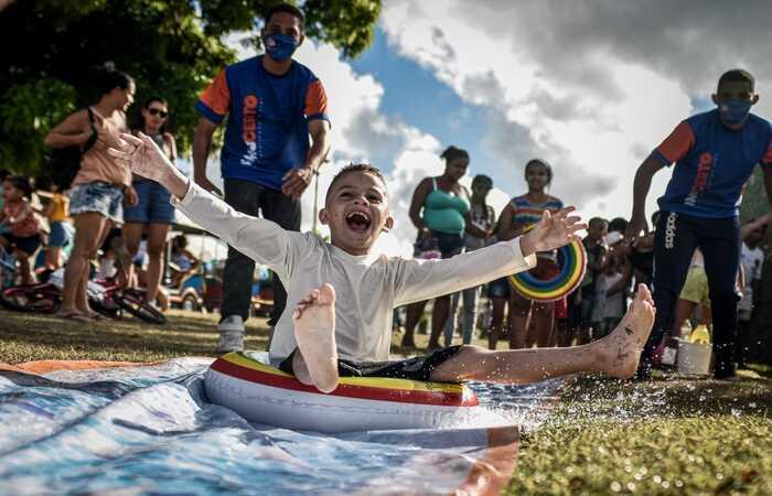 (Dia das Crianças foi comemorado com atividades culturais e esportivas promovidas pela prefeitura nos parques e bairros da cidade. Foto: Paulo Paiva (@paulopaivafoto) / DP FOTO)