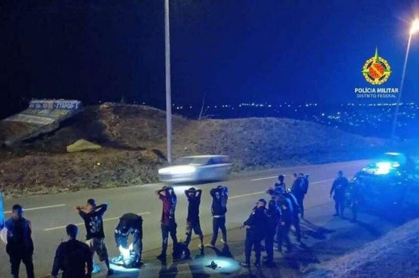 (Pessoas que iam para festa clandestina foram detidas porque transportavam lança-perfume. Foto: Divulgação/PMDF)